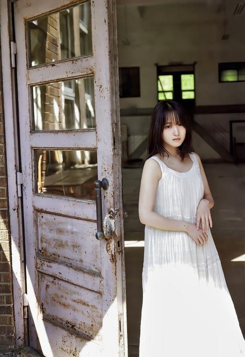 菅井友香4