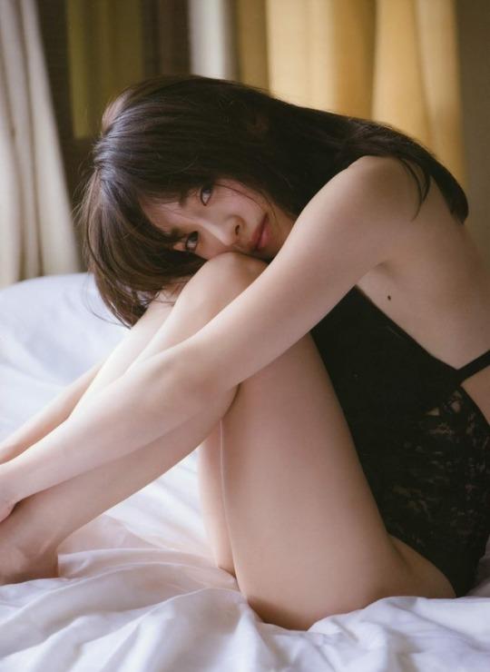 泉里香52