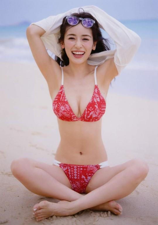 泉里香61