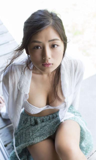 片山萌美20