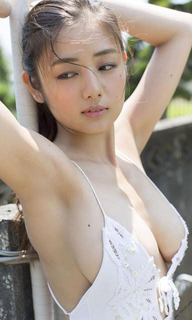 片山萌美25