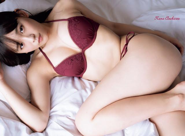 浅川梨奈64