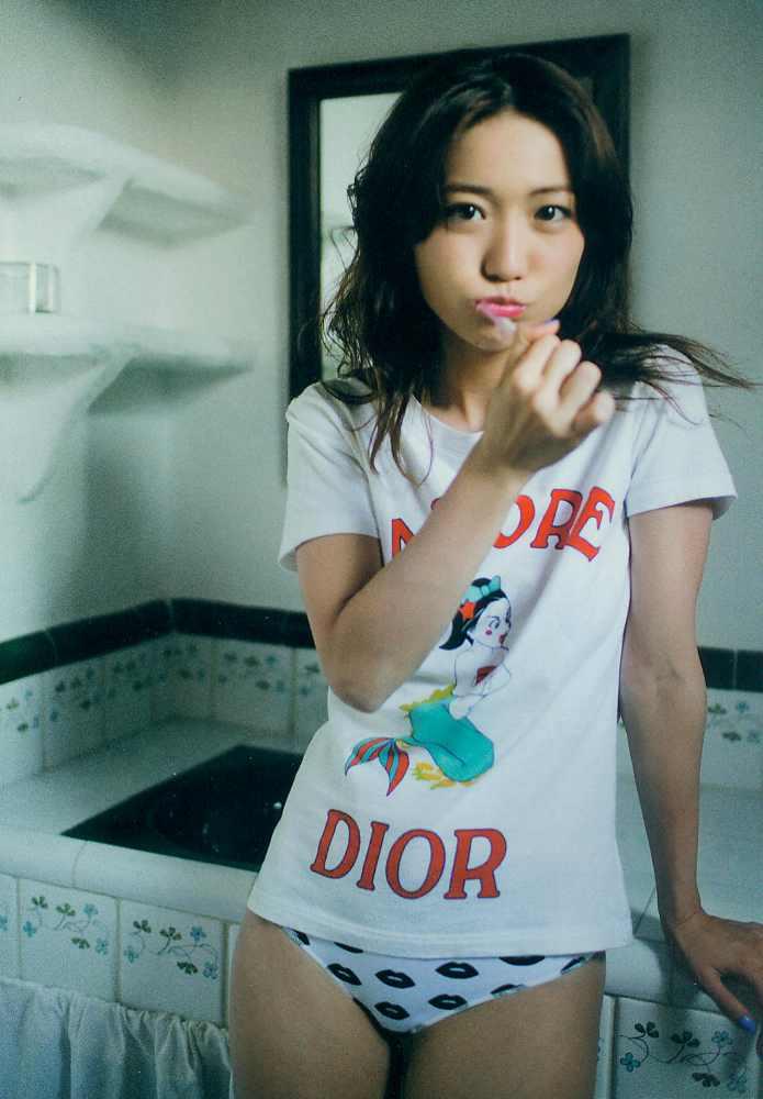 ohshima_yuko_077.jpg