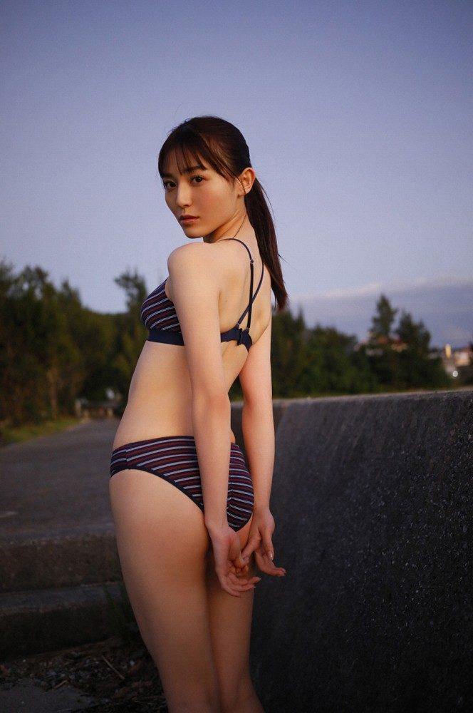 yoshii_047-664x1000.jpg