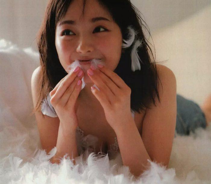 yui_056-700x612.jpg