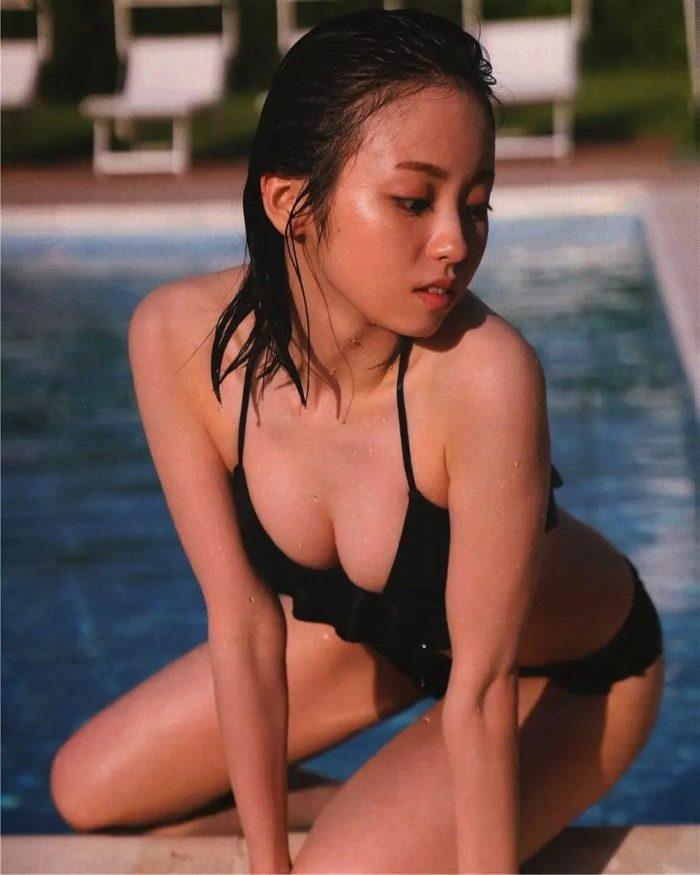 yui_113-700x875.jpg