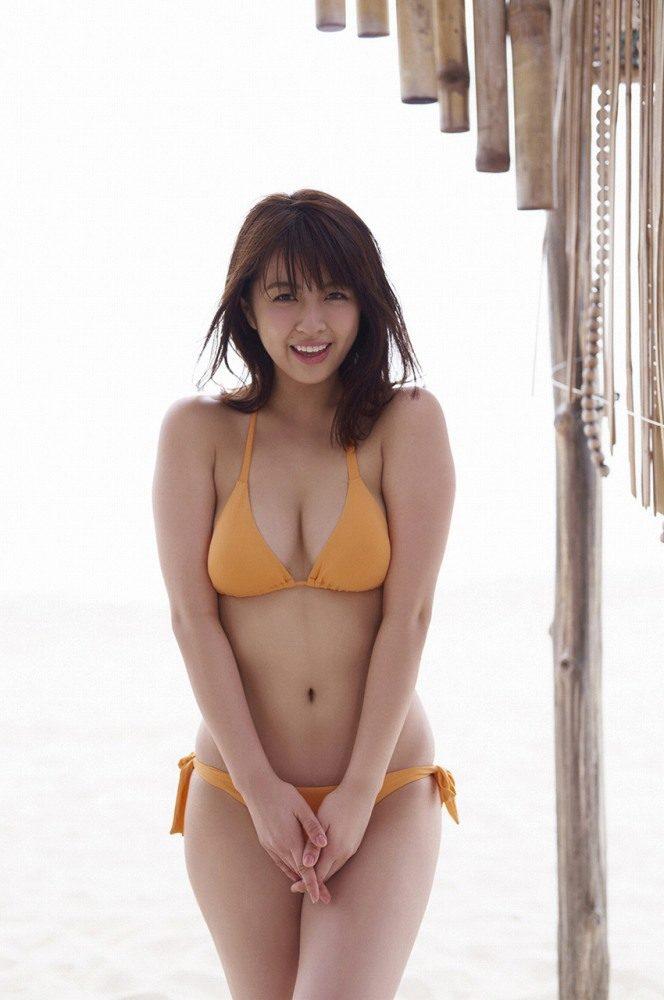 yurina_004-664x1000.jpg
