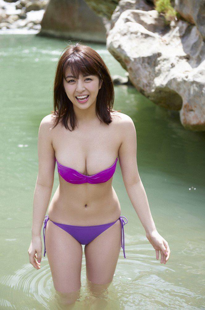 yurina_062-664x1000.jpg