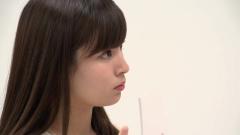 角谷暁子アナ超ミニスカ画像3