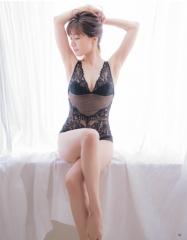 田中みな実アナ腕ブラヌード画像5
