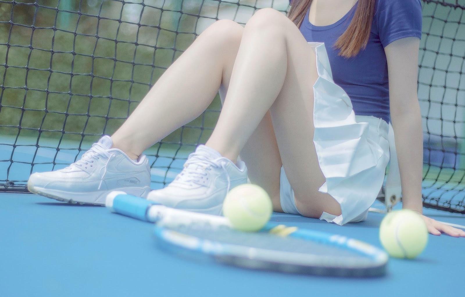 テニスのスコートでパンチラ3