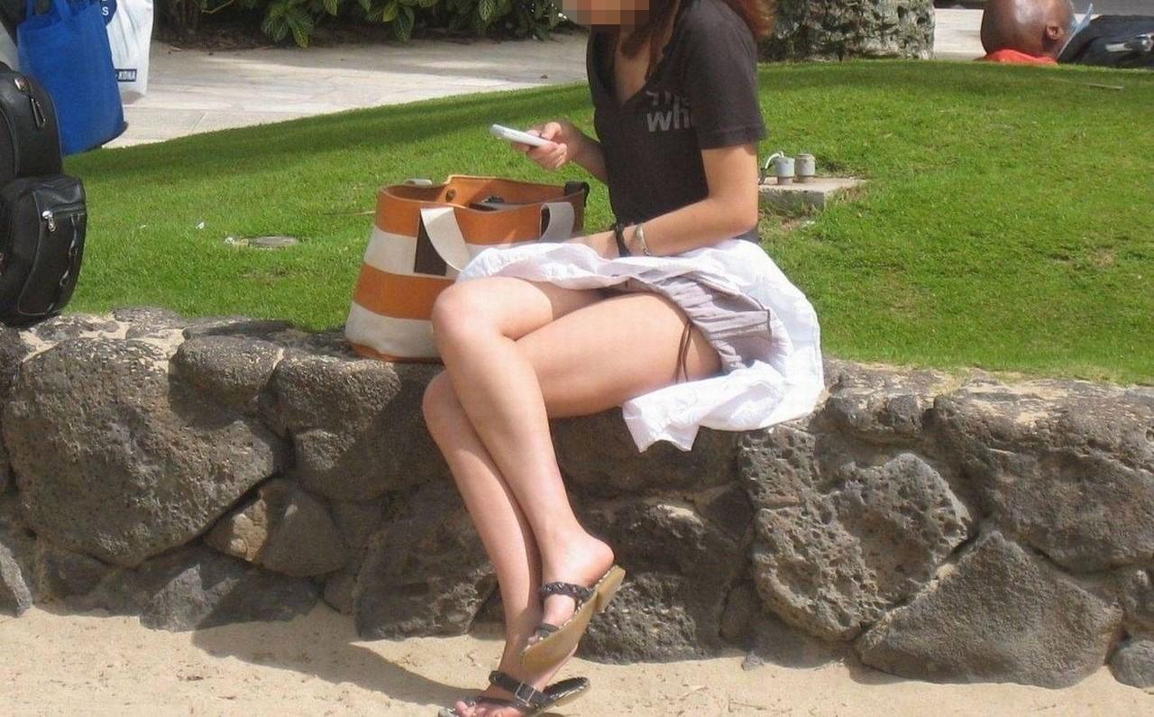 街中女子のエロ画像3