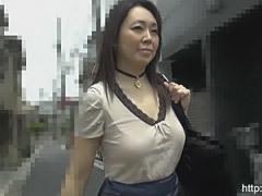 四十路のぽっちゃり巨尻熟女(バツイチ)と中出し付きのハメ撮りSEX!