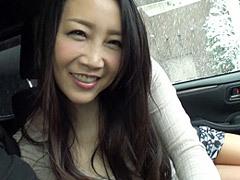 桐島美奈子 痴女と化したGカップ巨乳を持つ四十路熟女と温泉デート!