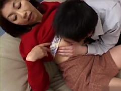 倉木小夜 同居している巨乳叔母が魅せるオンナの色気に辛抱できなくなった甥!