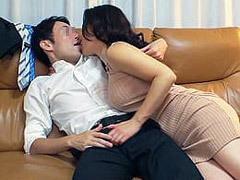 キス魔の奥さんが泥酔してセックスまで求める痴女だった!