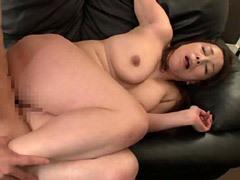 青井マリ 妻には無い五十路の巨乳義母が放つ熟した裸体が忘れられず中出しファック!