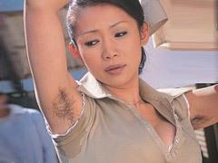 友田真希 腋毛が茫々の美乳母に興奮した息子が力尽くのイラマチオと顔射SEX!
