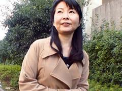 林幸恵 五十路義母が嫁の住まいに上京。そこで婿と禁断のSEXにハマり寝取られる!