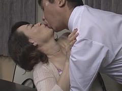 笹川蓉子 今の若い妻よりも年増な元妻とSEXしまくる元旦那!