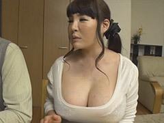 矢沢紀香 初心な息子を惑わすKカップ爆乳の母!
