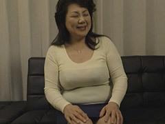 富岡亜澄 六十路を迎えたバスト100cmの豊満爆乳叔母に魅せられた甥