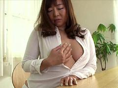 KAORI 一人暮らしのデカパイ叔母が風邪をひいたので看病していたらSEXに発展!