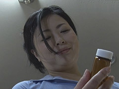 寺島志保 義母に媚薬を盛られ、身体を密着するなどの自然な誘惑に負けた婿の禁断性交