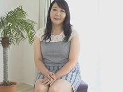 徳島美沙子 五十路おばさんの初撮りセックスが凄かった!