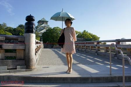 今日は7月28日「なにわ」の日なので他人妻さんと大阪城公園の散歩風景をお届けします♪