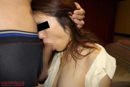 アップル写真館 VOL.11に淫乱他人妻YURIKOさんが掲載されました