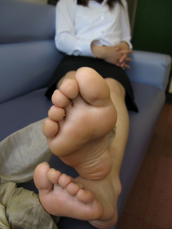 Toe fetish image7