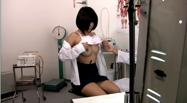 medical checkup voyeur_image8