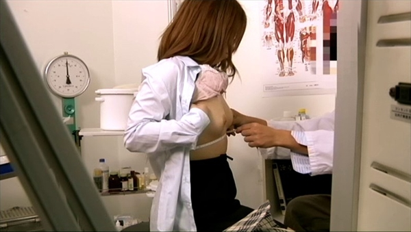 medical checkup voyeur_image13-2