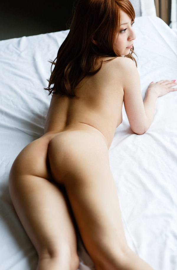 placing face down-buttocks_erotic pictures5