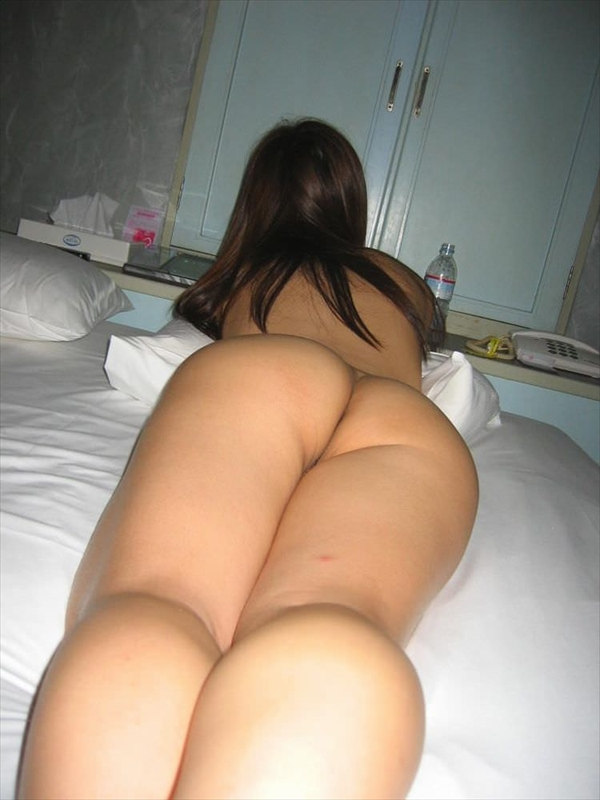 placing face down-buttocks_erotic pictures73