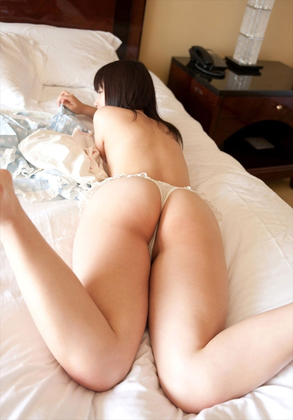 placing face down-buttocks_erotic pictures90