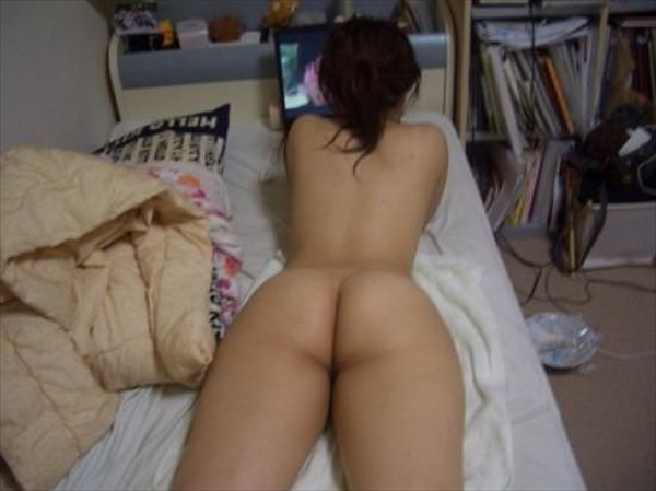placing face down-buttocks_erotic pictures101