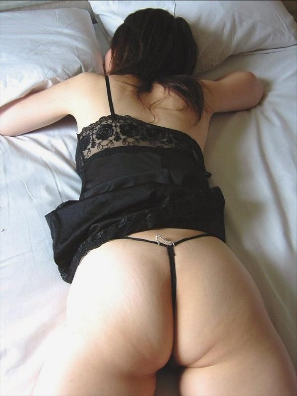 placing face down-buttocks_erotic pictures108