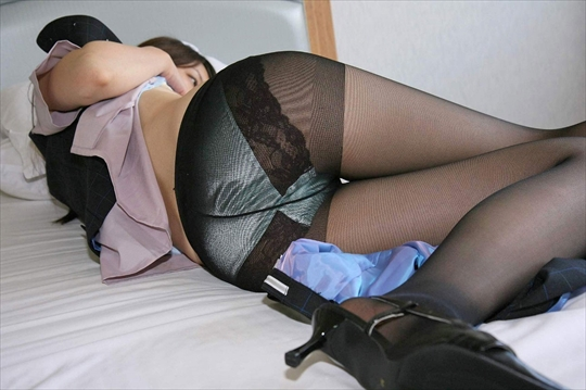 black pantyhose_erotic pictures16