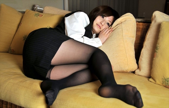 black pantyhose_erotic pictures29