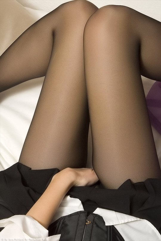 black pantyhose_erotic pictures31