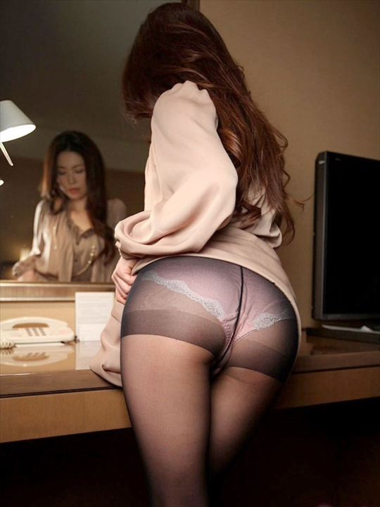 black pantyhose_erotic pictures35