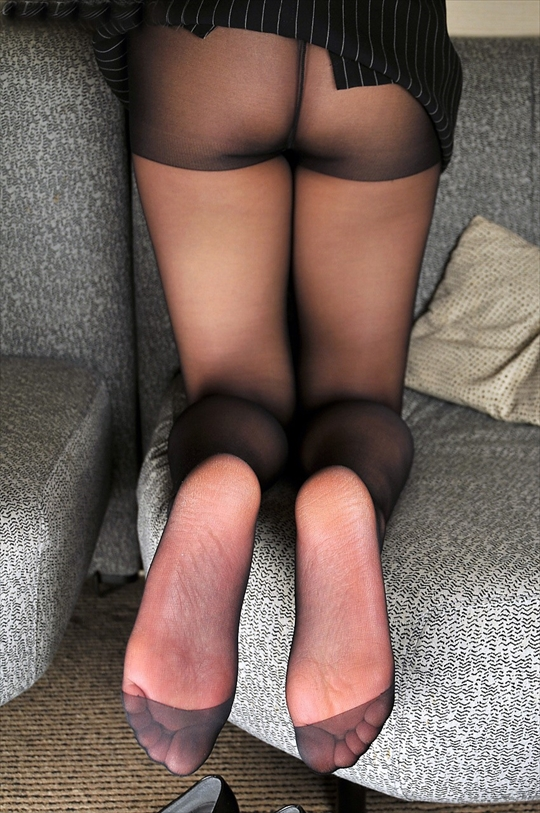 black pantyhose_erotic pictures39