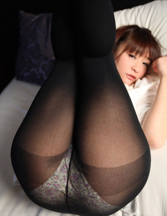 black pantyhose_erotic pictures71