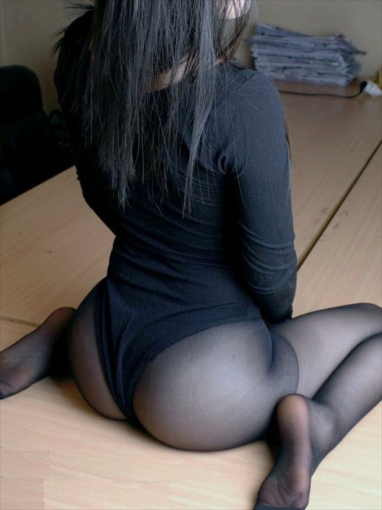 black pantyhose_erotic pictures79