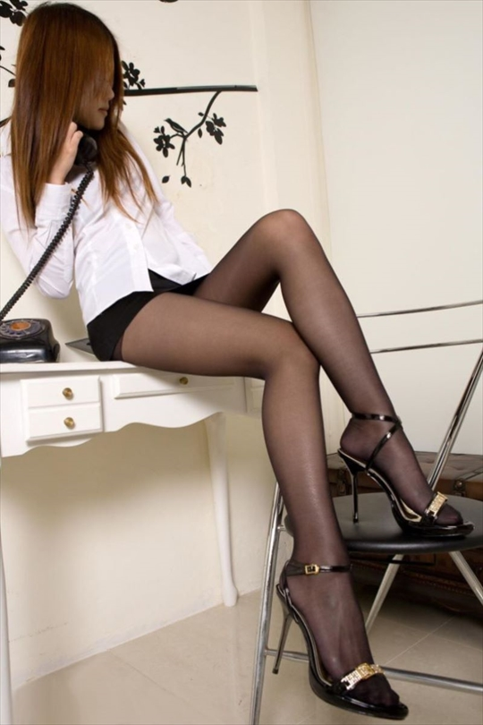 black pantyhose_erotic pictures100