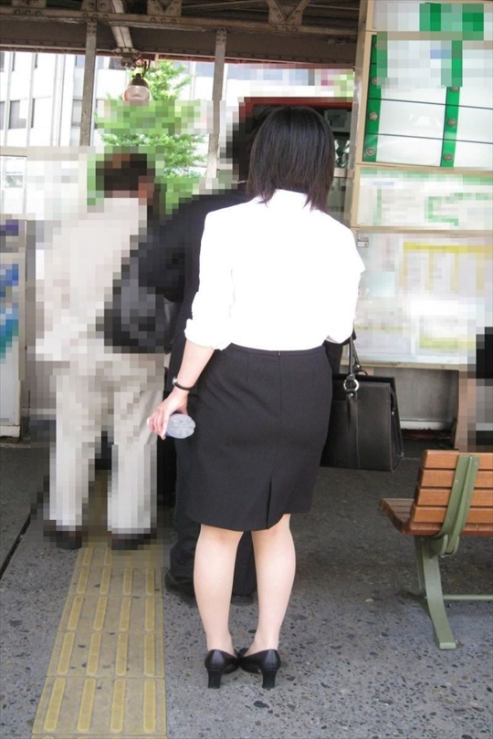 female office worker-voyeur image10