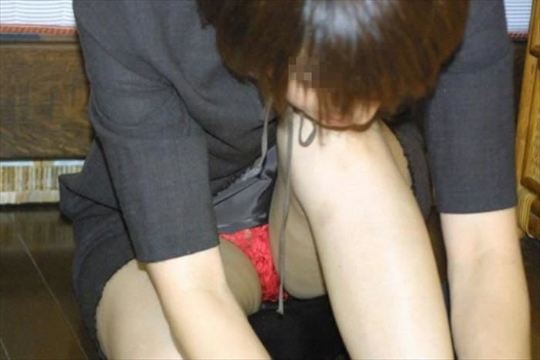 female office worker-voyeur image12