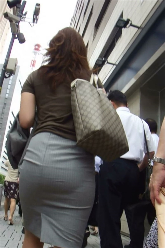 female office worker-voyeur image28